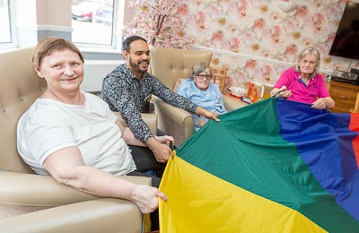 Excelcare-Queens-Oak-Care-Home-P3.jpg