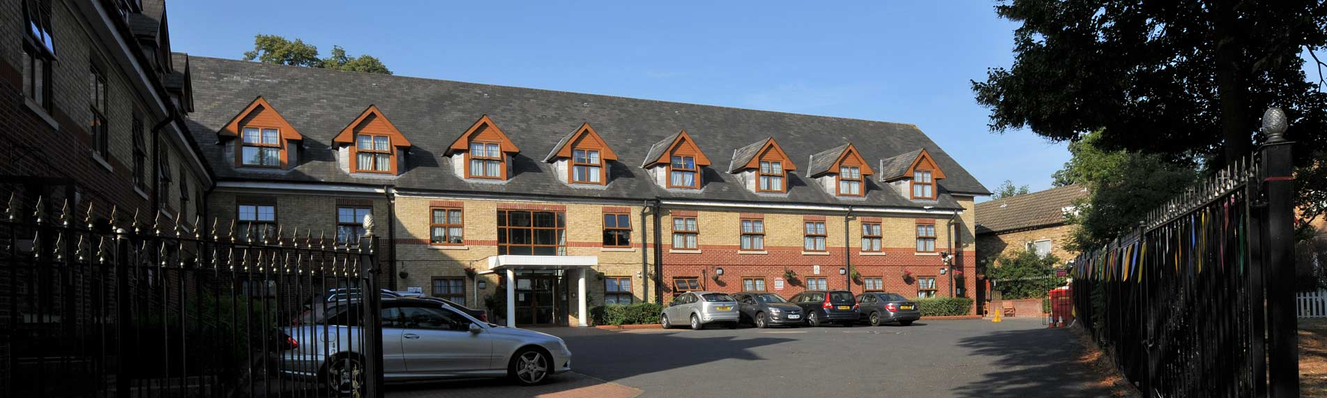 Excelcare-Limetree-Care-Home-Banner.jpg