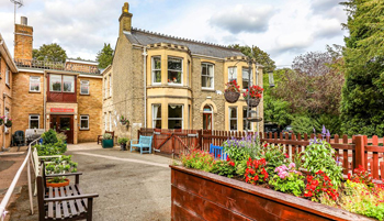 Primrose-Croft-Care-Home-Cambridge-Homes-Excelcare-All-Homes.jpg