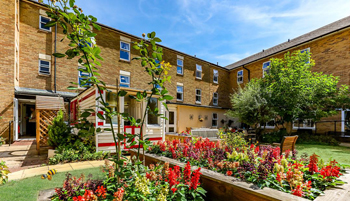 St-Georges-Court-Care-Home-Cambridge-Homes-Excelcare-All-Homes.jpg